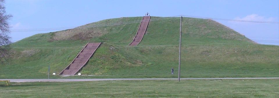 Cohokia Mounds